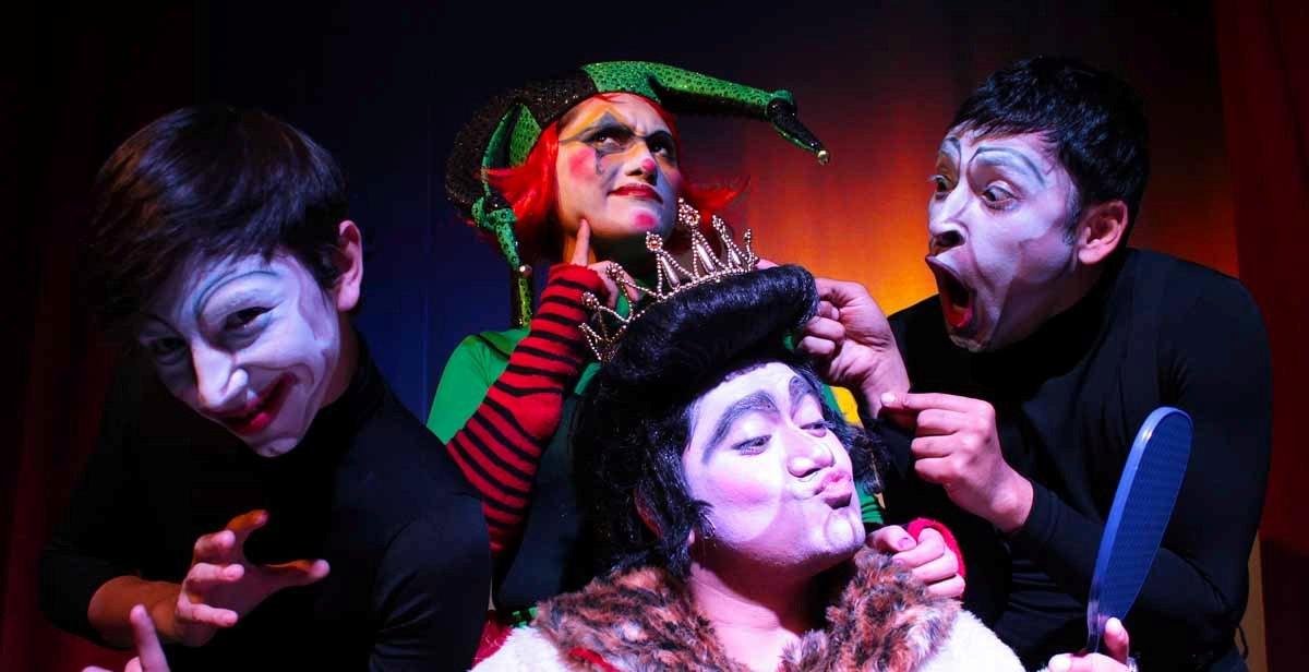 El Rey Enchulado 2011 - Akana Teatro